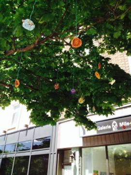 2prayer tree, pandora hobby, Montreal